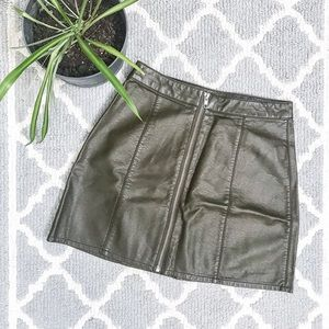 Forever 21 army green leather zip up mini skirt